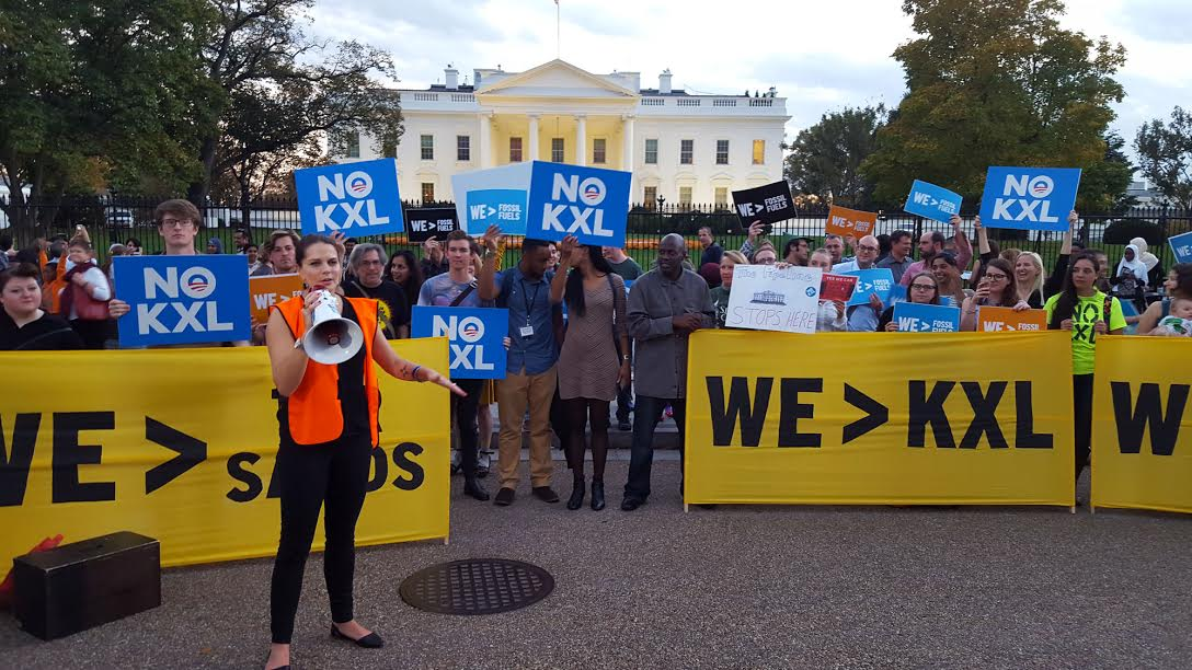 Rally outside the White House against KXL